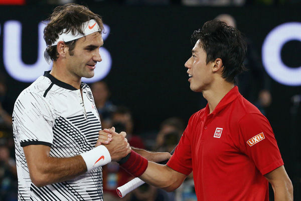 Kei-Nishikori-and-Roger-Federer