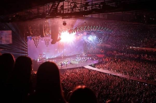 concerts-1150042_960_720