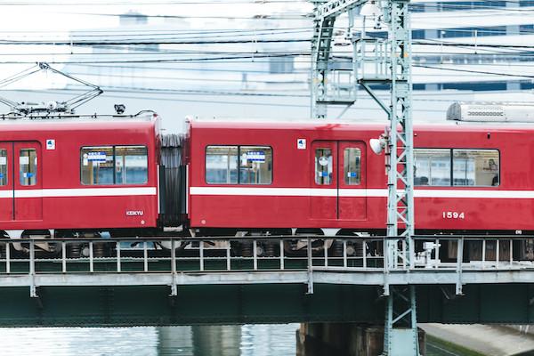 視覚障害者がホームから転落→よじ登ろうとしているところに電車が侵入し轢かれて死亡 阿佐ケ谷駅